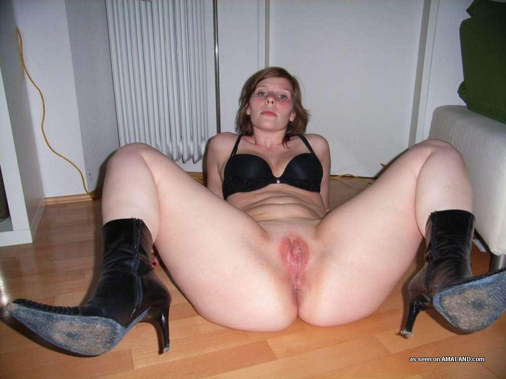 <img300*0:stuff/z/148/Amaland_big_ass_chick_does_it_all/013LWAl.jpg>